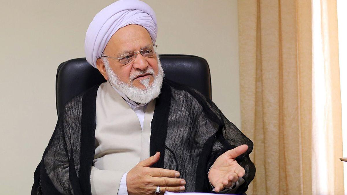 هشدار به اصولگرایان درباره رفتار احمدینژاد