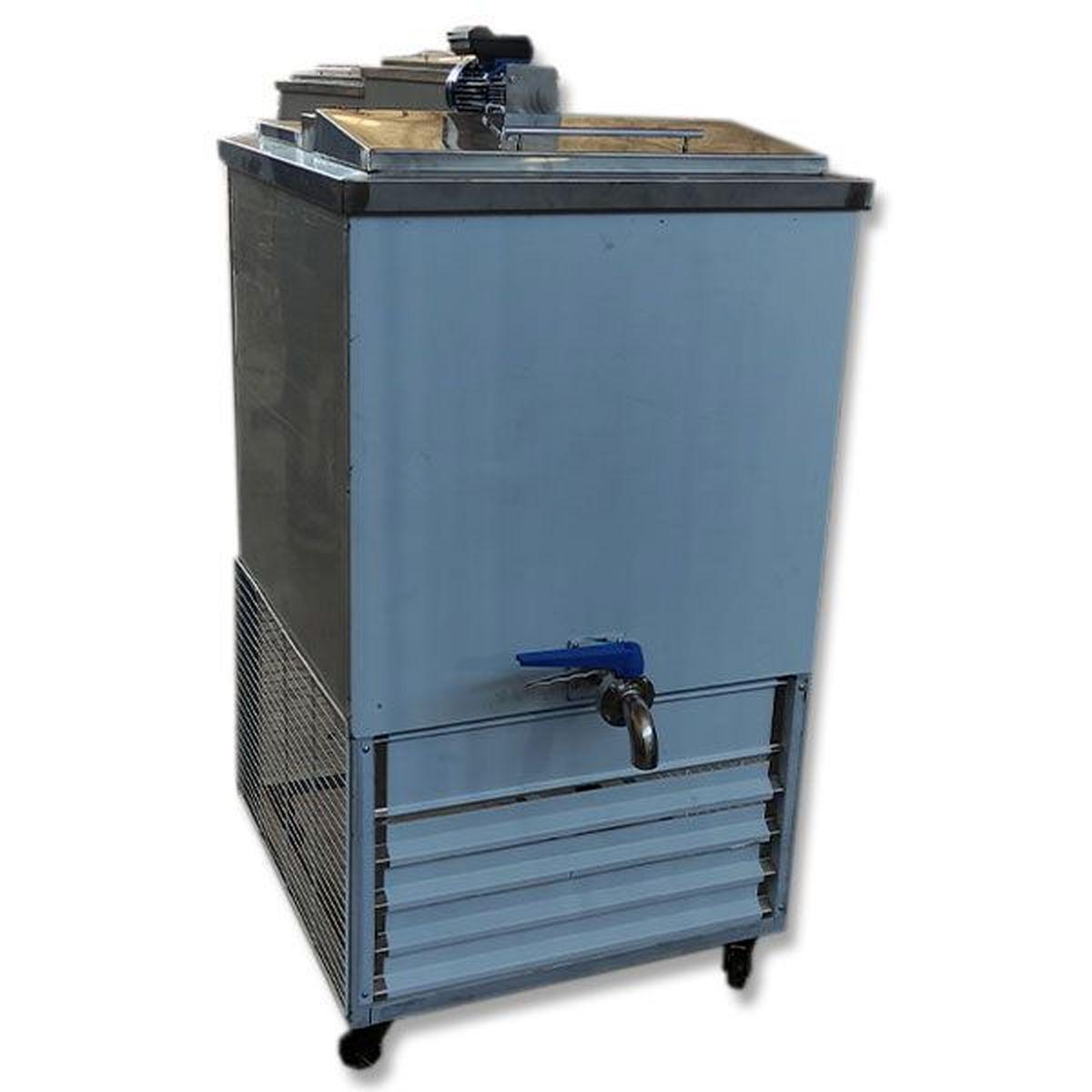 راهنمای خرید شیر سرد کن، یخچال پرده هوا و دستگاه بستنی ساز صنعتی
