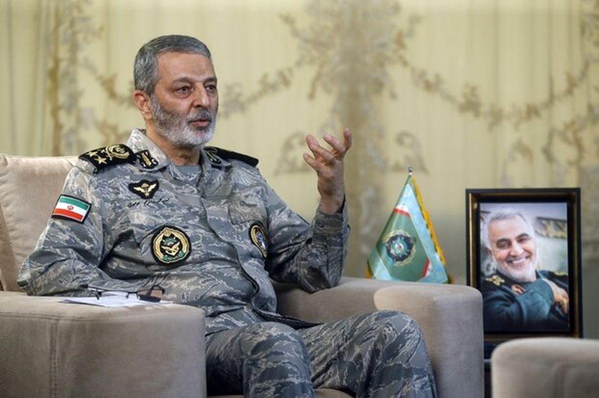سرلشکر موسوی از پایگاه هوایی چابهار بازدید کرد
