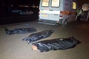 تصادف مرگبار خودرو BMW با پل عابر پیاده/ ۳ جوان در دم جان باختند+فیلم
