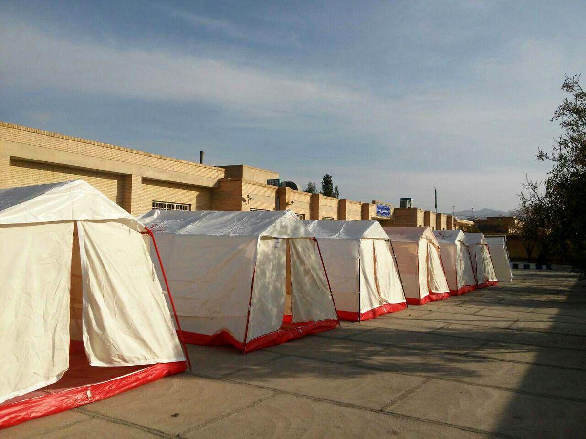 برپایی چادرهای سلامت با هدف غربالگری مخصوص بیماریهای زنان