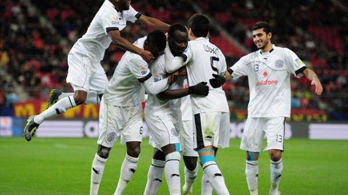 السد به همراه پورعلی گنجی قهرمان جام حذفی قطر شد