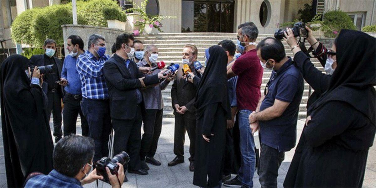 رسانههای منتقد دولت از حضور در حیاط دولت منع شدند