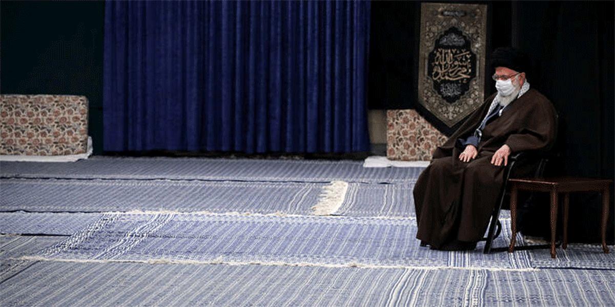 عکس: مراسم عزاداری شهادت امام رضا (ع) با حضور رهبر انقلاب