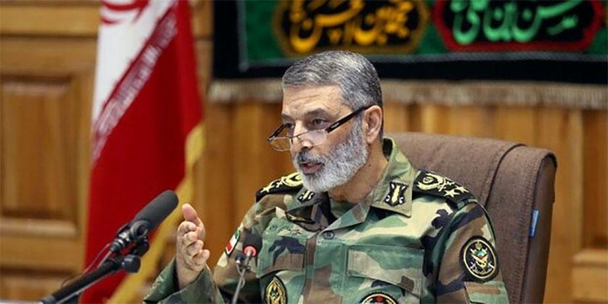 پیشرفتهای امروز ارتش نتیجه خودباوری و مدیریت جهادی است