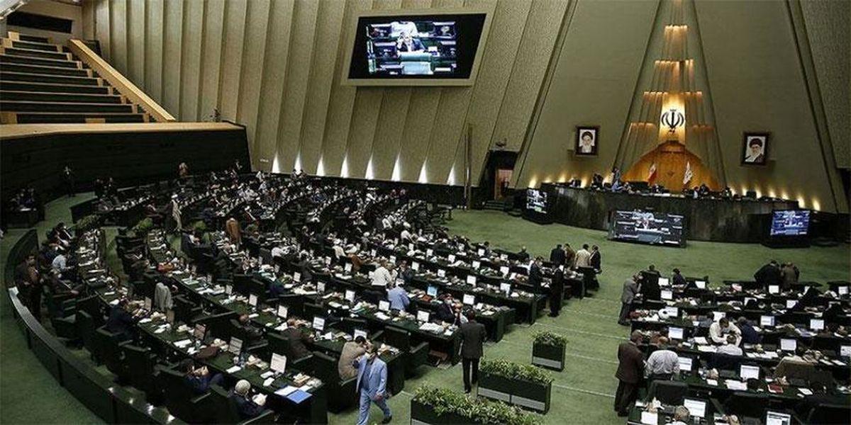 عکس: افتتاح سرویس بهداشتی توسط نماینده مجلس