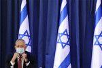 بنی گانتس: از اقدامات نتانیاهو خسته شدهام