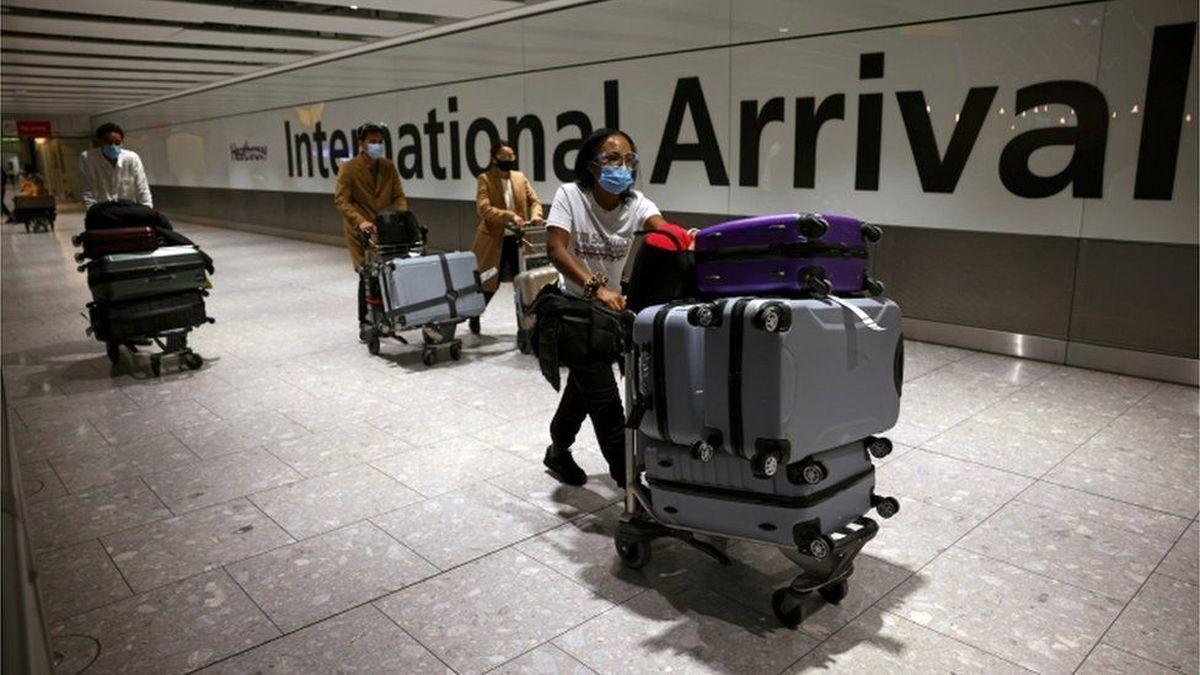 تشدید محدودیتهای مسافرتی انگلیس خشم مسافران را برانگیخت
