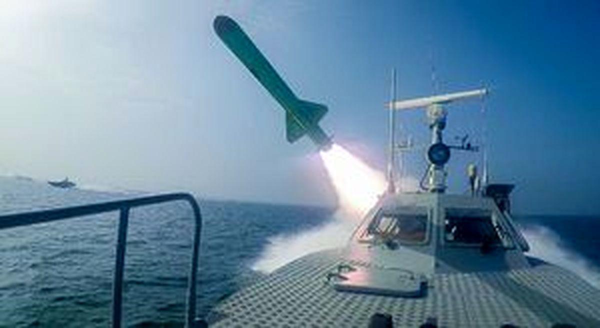 رزمایش موشکی نیروی دریایی ارتش در دریای عمان